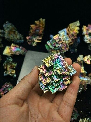 2 pieces Bismuth Crystals Bismuth Metal crystal 80g bismuth crystals specimen bismuth metal bismuto jewelry child children s girlfriend birthday gift laboratory bi 80g
