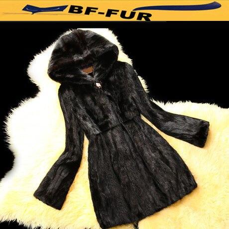cf7b5cad8ee Visón natural Pieles de animales con capucha medio-largo abrigo manera  mujeres Silm parka Chaquetas abrigo para el invierno bf-c0058