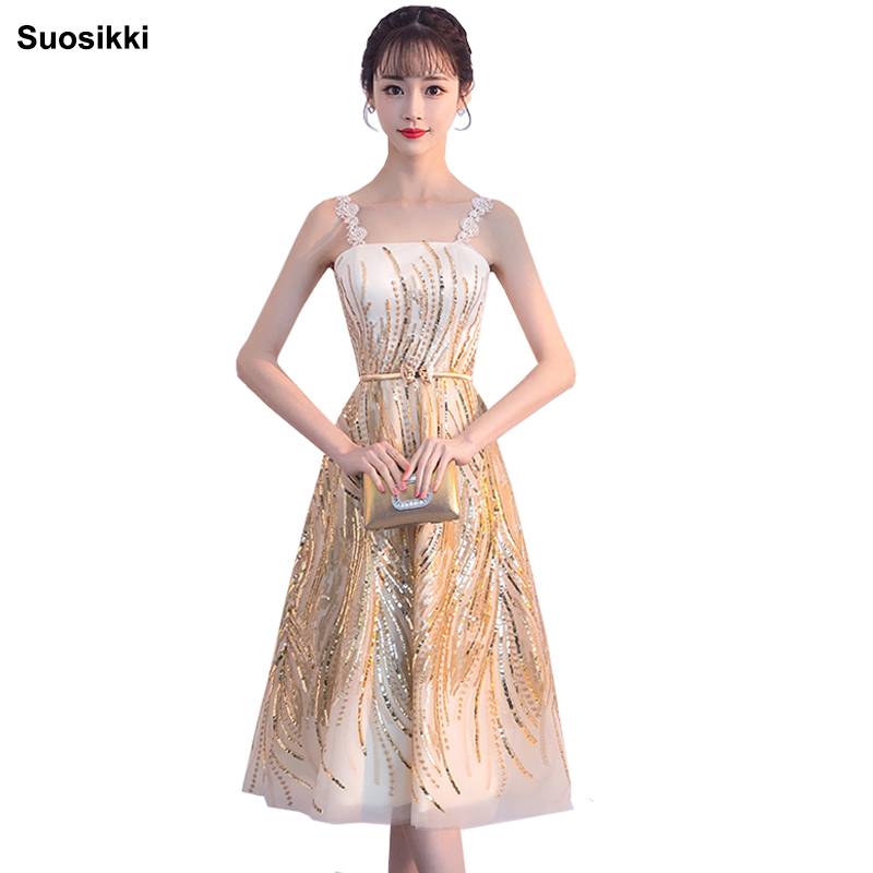 2018 Elegant Cocktail Dresses A-line Strap Knee Length Lace Backless Homecoming Dress Suosikki Formal Dresses Evening Gown