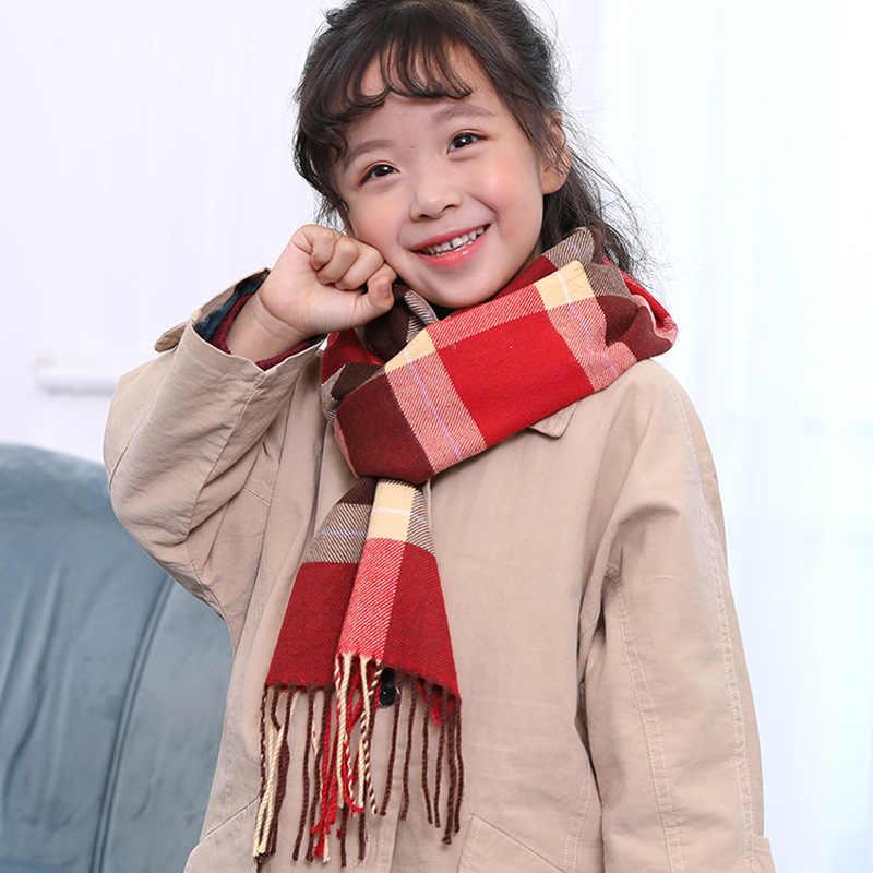 新しい子供のスカーフ、カシミヤ、日本と韓国のチェック柄のカラーマッチング色少年と少女かわいいスカーフよだれかけ