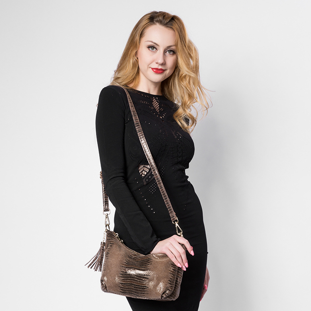 REALER brand women genuine leather bags female serpentine pattern shoulder bag  high quality ladies handbag with tassel