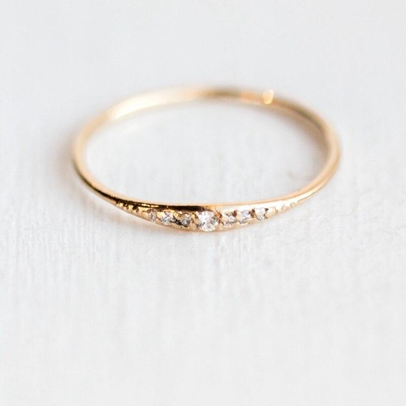 Qcooljly 1 Pc Elegante Dünne Strass Ring Jahrestag Engagement Hochzeit Valentinstag Geschenk Ring Für Frauen Größe 6-10 Party