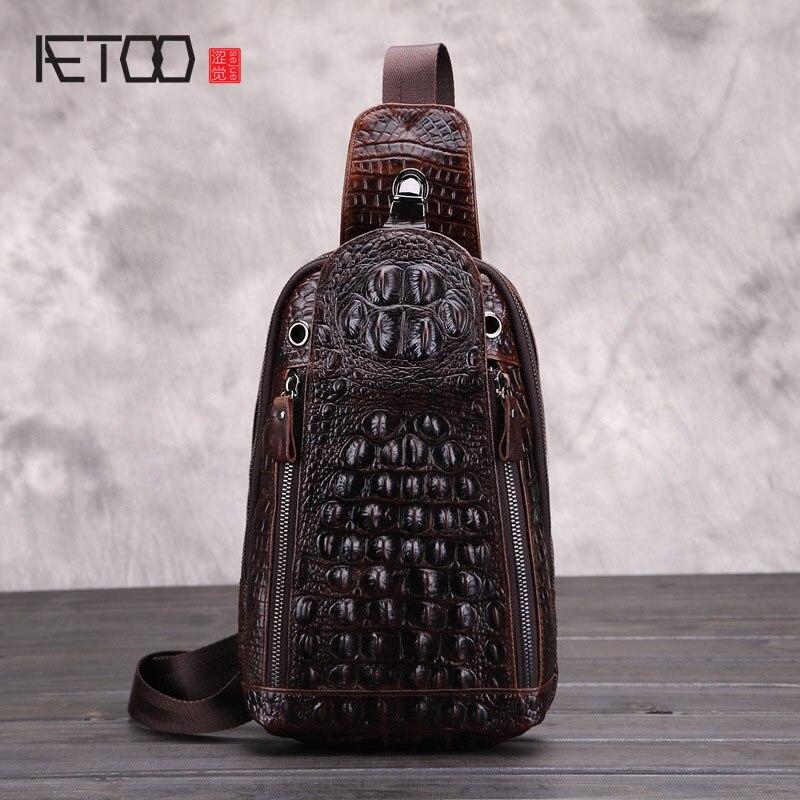 AETOO Chest bag head cowhide horseshoe crocodile pattern men bag oil wax leather men casual hitch tide package