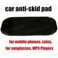 Coche negro cojines antideslizantes tiene objetos en Dash Mat Skid prueba Secure teléfonos móviles monedas gafas de sol MP3 Players