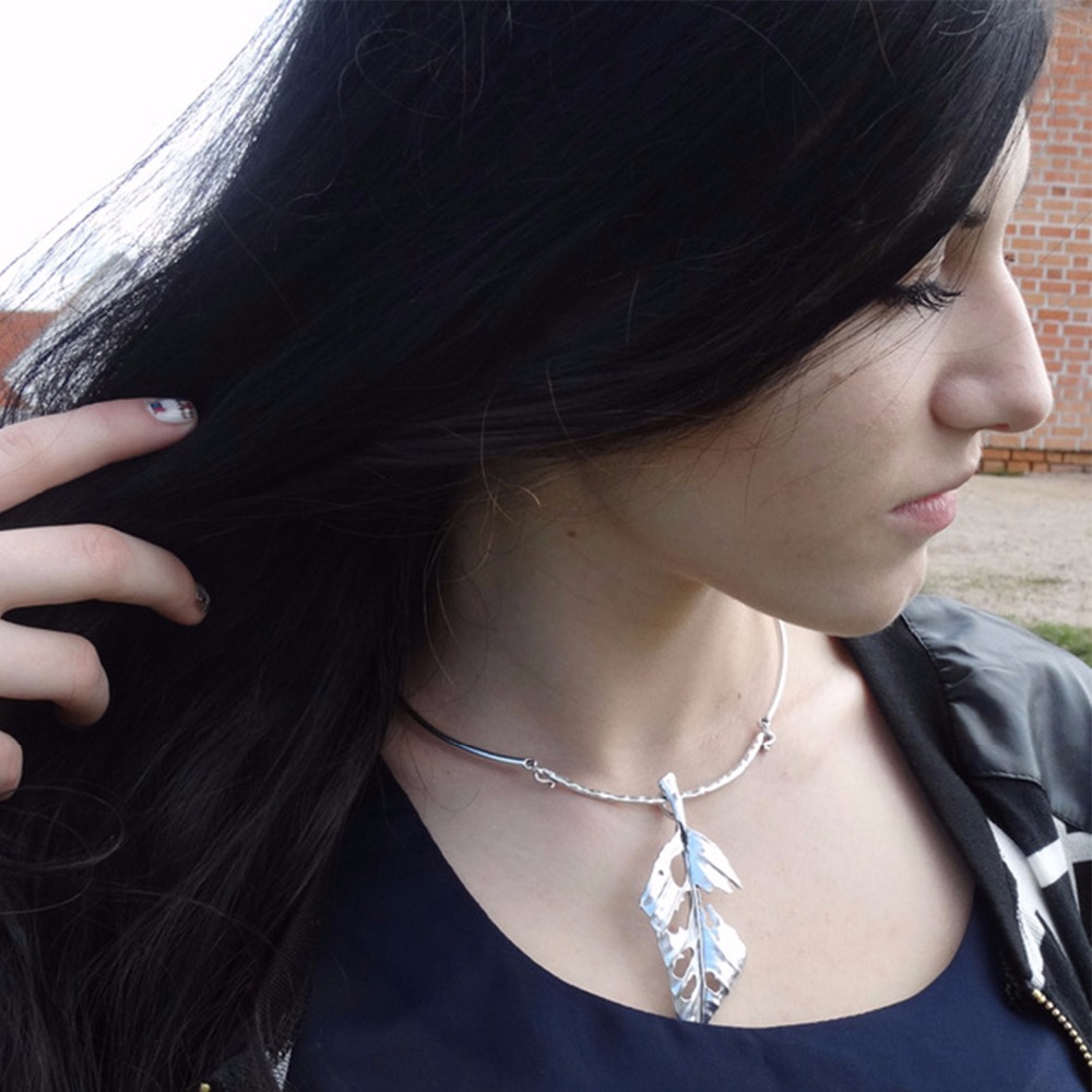 eManco Leaf Pendant Necklaces Plant Silver Plated Zinc Alloy Chokers Necklace for women concise jewelry bisuteria mujer цена