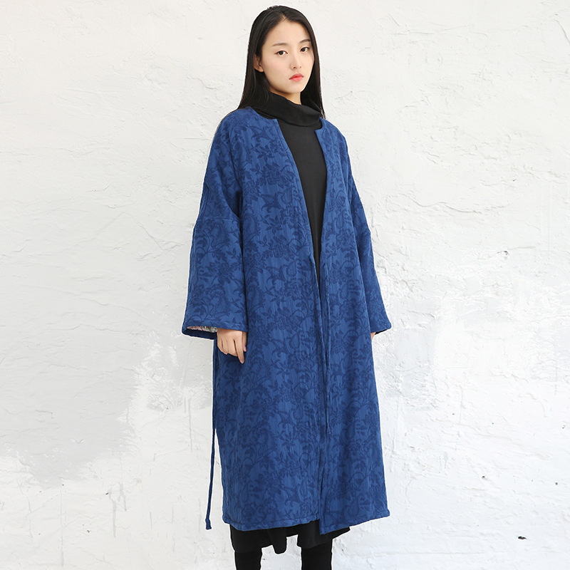 ФОТО Women Retro Casual Cotton Linen Jacquard Floral Blue Padded Trench Coat Ladies Vintage Floral Single Breasted Outerwear Overcoat
