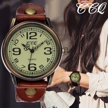 dee50a8fea7 Ccq marca unisex mulheres homens simpl dial relógios do vintage pulseira de  couro genuíno à prova d água quartzo relógios pulso .