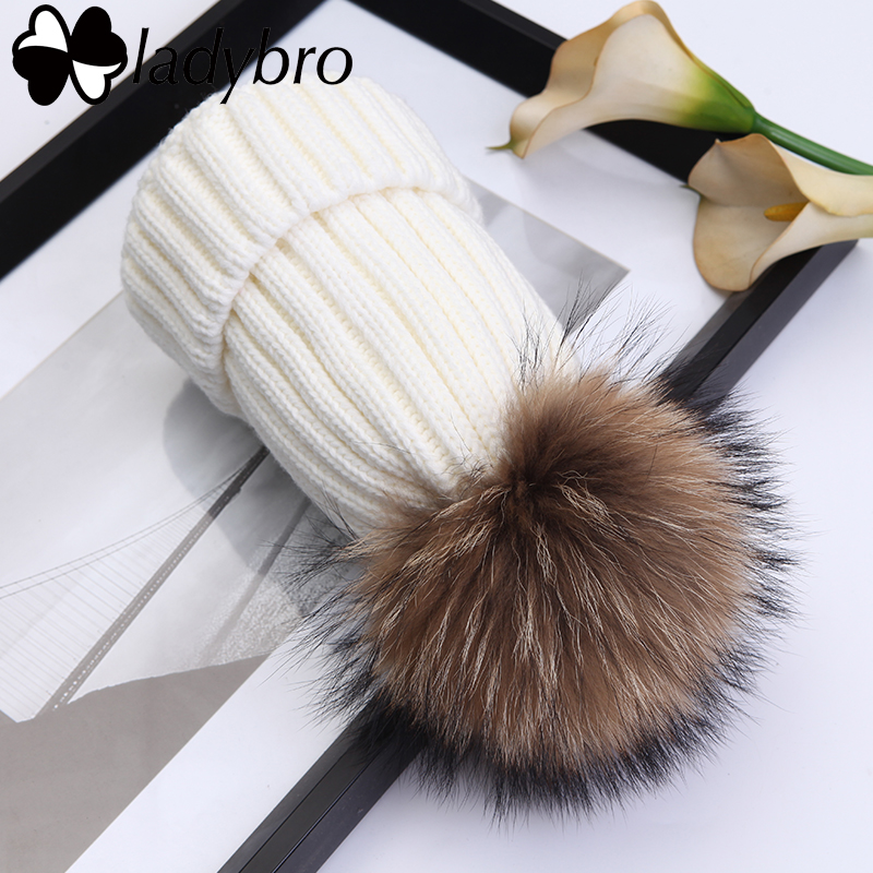 Ladybro Winter Warm Tops Women Real Fur Pompom Skullies Beanies Knitted Velvet Hat Hat Cap Salju Tebal Wanita Cap Bonnet Femme