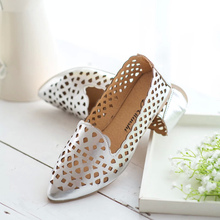 Free shipping summer hollow flat shoes women's pionted toe breathable single shoes