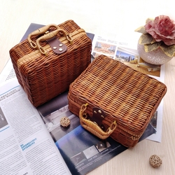WHISM Wicker Baskets Rattan Suitcase Box Woven Storage Basket Makeup Bin Bamboo Picnic Basket Food Storage Boxes for Travel