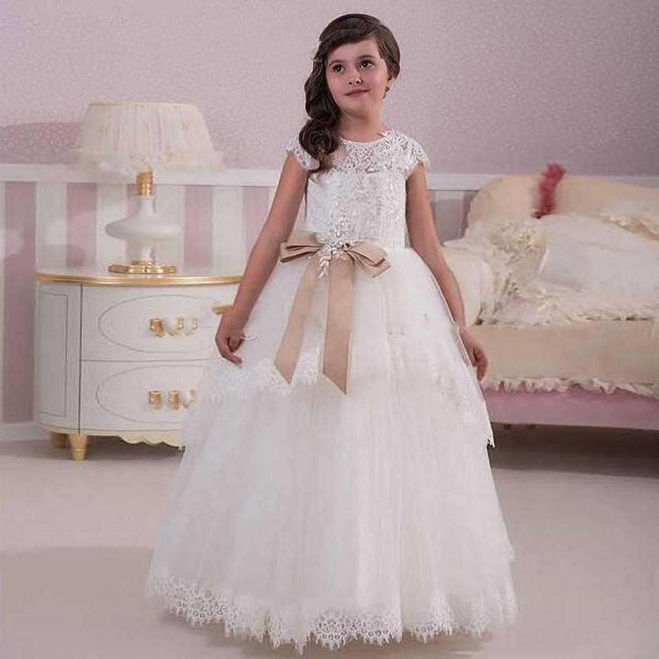 Sheer White Lace Flower Girl Dresses For Weddings Ball Gown Short Sleeves First Communion Dress Party Vestidos Bow Knot Tulle cute new long sleeves white ball gown flower girl dresses french lace beaded first communion dress with sequin bow and sash