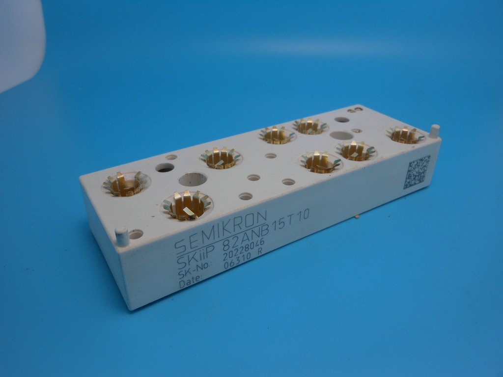 SKIIP82ANB15T10 IGBT module SKiiP 82ANB 15T 10SKIIP82ANB15T10 IGBT module SKiiP 82ANB 15T 10