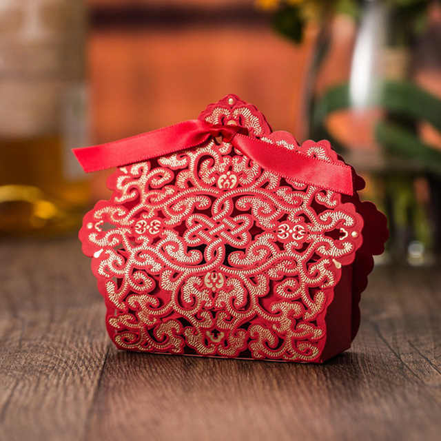 50pcslot Pasayione Wedding Candy Boxes Red Laser Cut Containers For