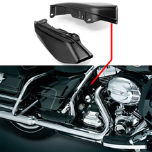 купить For Touring Electra Street Glide Road King CVO Limited FL FLTR Black Mid-Frame Air Deflectors Trim Air Deflector Trims по цене 885.78 рублей