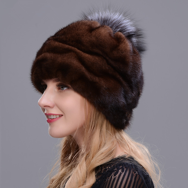 2018 New Style Winter Warm Hat Round Hat Integrated Real Mink Fur With Fox Fur Pompom Hand Making Woman Favorite Hat Soft Brown