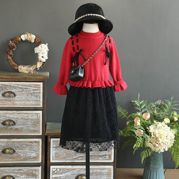 Girls sweater dress 2017 autumn and winter new children's clothing children's two pieces of splicing lace dress suit