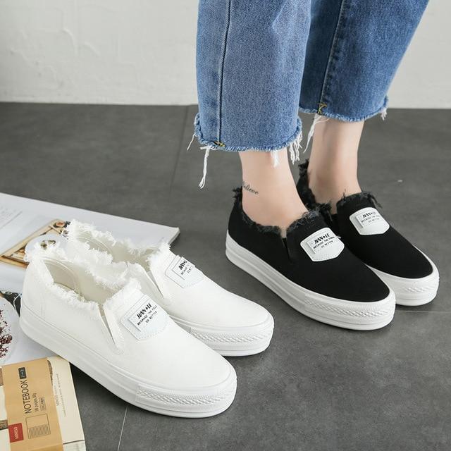 fd093a6758 Floral Canvas shoes hot sale 2017 fashion Appliques slipony women footwear  height increase girl female comfort slipon women shoe