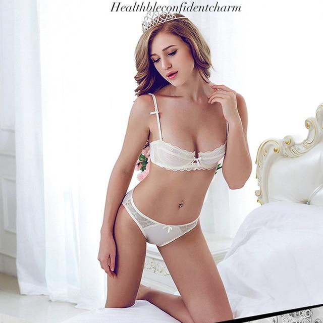 Sexy girl next door naked selfies