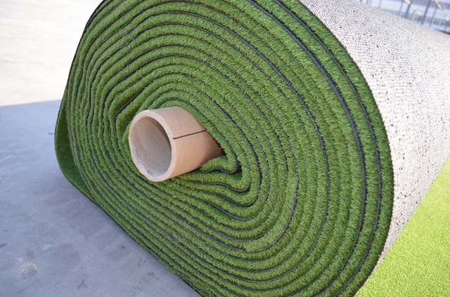 Green Artificial Grass, Outdoor Carpet, Turf Area, 1x1m, Solid Design 2.4kg/m2 1