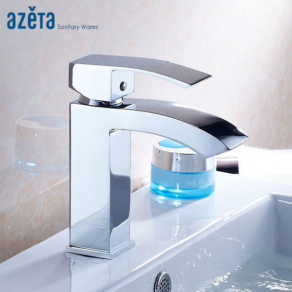 AZETA Basin Faucet Bathroom Chrome Brass Mixer Single Hole Bathroom Washbasin Tap Deck Mounted Faucet Torneira AT2206AZETA Basin Faucet Bathroom Chrome Brass Mixer Single Hole Bathroom Washbasin Tap Deck Mounted Faucet Torneira AT2206