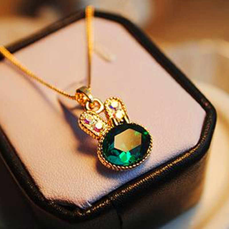 2017 New Fashion Women Necklace Gold Chain Green Lovely Rabbit Lovely Crystal Necklaces & Pendan Women Jewelry