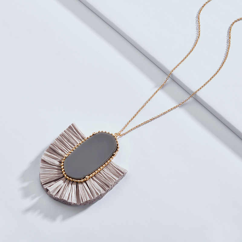 Fashion New Pop Spring Summer Design Chic Style Long Chain Oval Acrylic Fan Fringe Tassel Pendant Necklace for Women