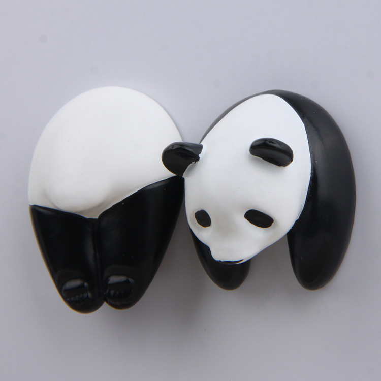2018 Cute Panda Head Butt Creative 3D Action Figure Magnetic Sticker house doll Lovely cartoon version Miniature Model