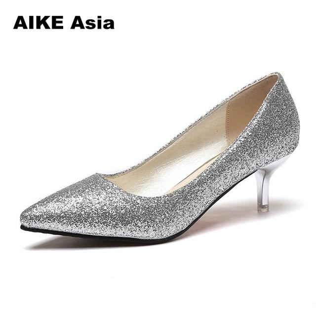 夏の女性パンプスセクシーなゴールドシルバーハイヒールの靴のファッション尖ったつま先ウェディングパーティーレジャーブリンブリンサンダルバレンタイン靴