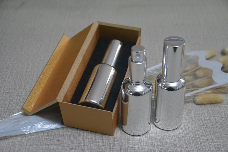 4pcs 50ml High temperature silver plated atomiser spray bottle With wooden box,empty refillable glass bottle, perfume subpackage