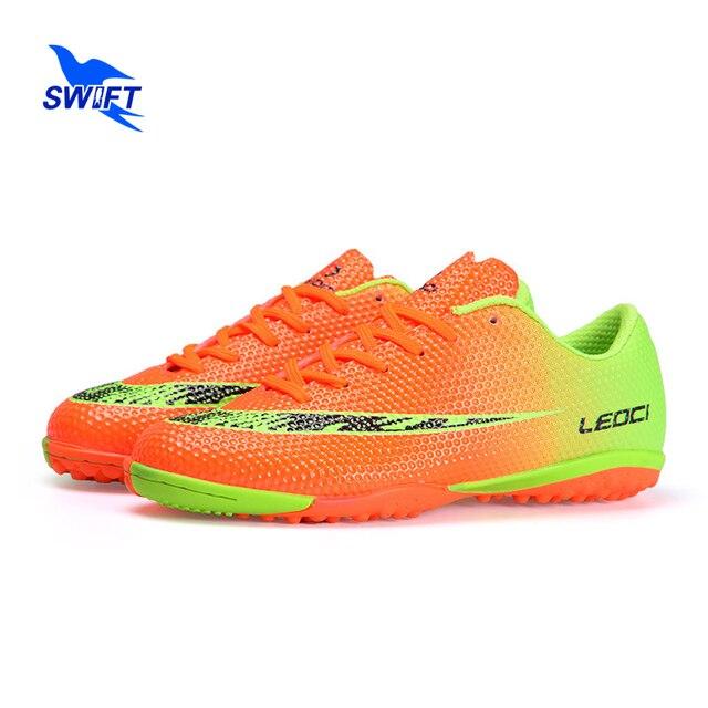 Venda quente Mens Sapatos de Futebol Turf Chuteiras De Futebol Originais  Top New Mulheres Botas De 398cd7b16a316