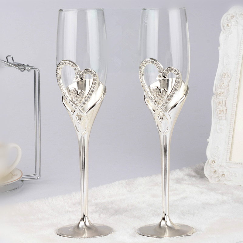Fashion Toasting Wine Glasses Double Heart Goblet Wedding Gifts