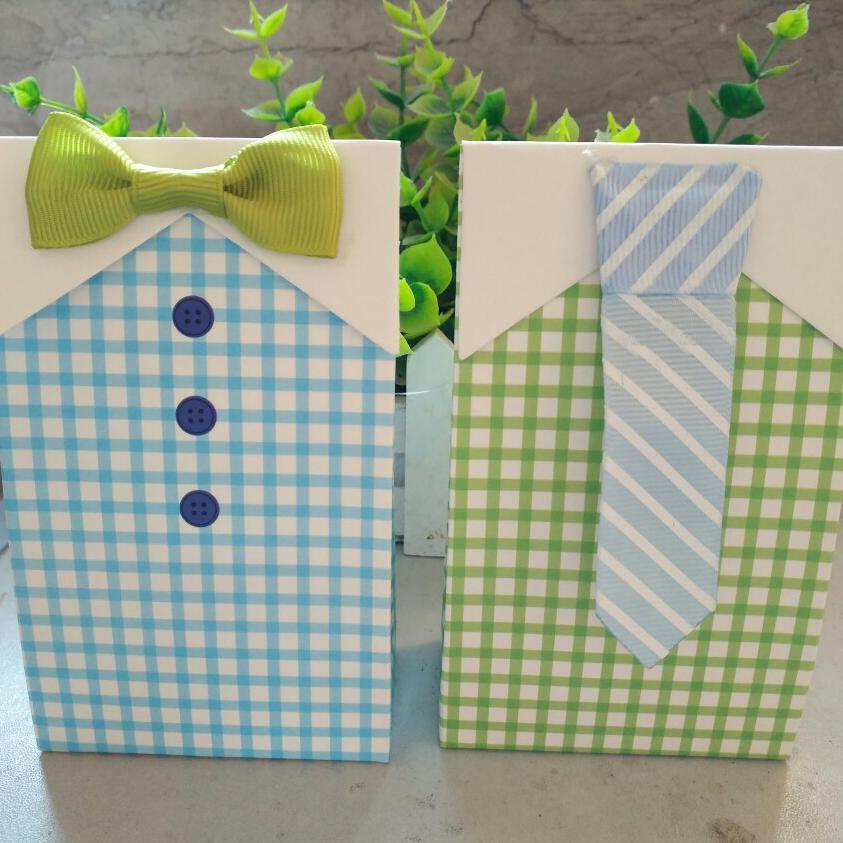 >50pcs Personality Bow Tie <font><b>Style</b></font> Candy Box Weeding Gift Chinese Wedding Favor Boxes Bonbonniere Sachet Bonbon Mariage Dragees