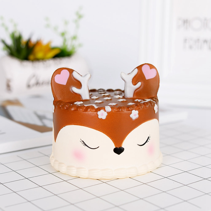 2018 Slow-Rebound Fawn Cake Squeeze PU Fawn Cake Simulation Cake Toys