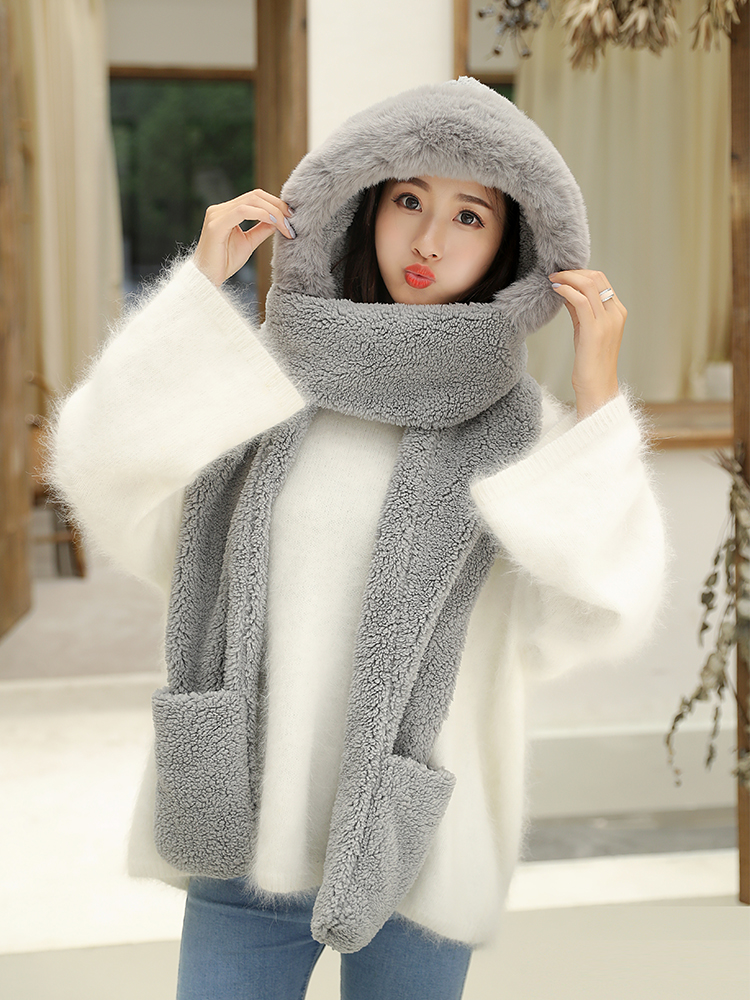 Chapeau double couche en peluche et son écharpe gant
