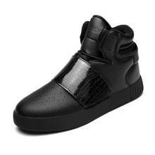 2016 New Fashion Brand New Rivet Hip-hop Mens Shoes Marti n Casual Shoes High Top Men Boots Los Zapatos de Hombre Sport Trainers