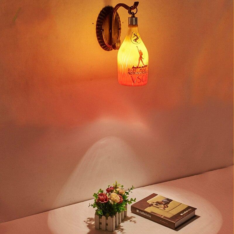 Créative nordique américain pays bouteille de vin lampe murale artisanat personnalité européenne café bar hot pot boutique carte siège lampe