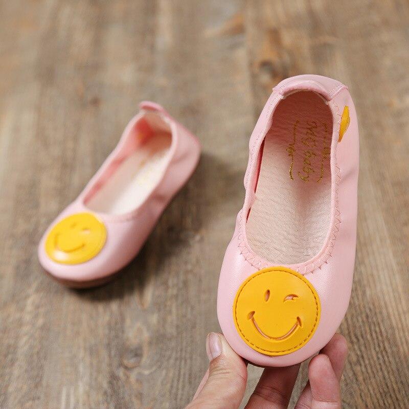 acd5a9c0b1e45 Automne enfants chaussures de danse mignon plat fille bambin décontracté  chaussures de mariage pour enfants blanc chaussures habillées 3 4 5 6 7 8 9  ans ...