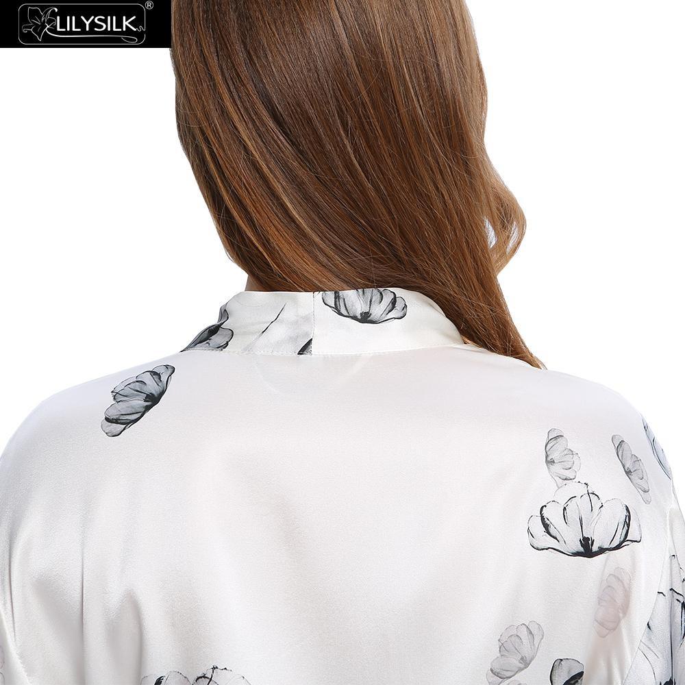 1000-lotus-white-full-length-silk-robe-with-lotus-pattern-03