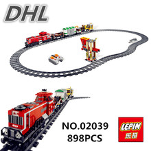 DHL LEPIN 02039 898Pcs New City Series Red Cargo Train Set Children Building Blocks Brick Educational Children Toys Model 3677