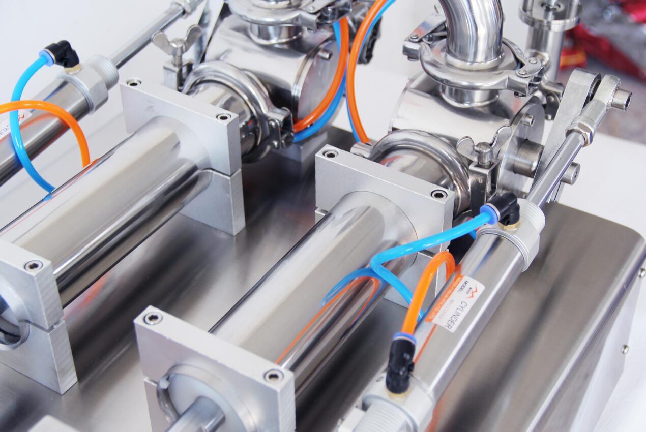 Машина для наполнения жидкой пасты пневматическая полу-Aut наполнитель Двойные головки цилиндры шампунь лосьон крем поршень наполнитель