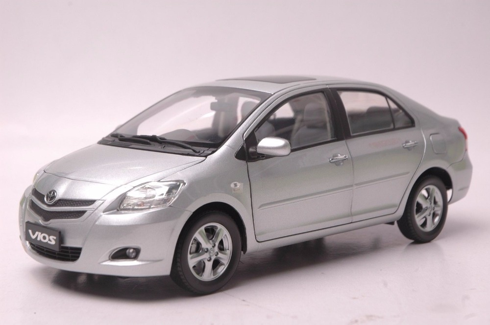 1:18 Diecast Model For Toyota Vios 2008 Silver Alloy Toy Car Miniature Collection Gift