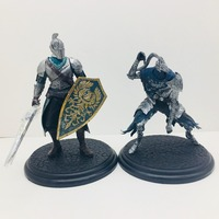 18cm 2pcs Dark Souls Toy Faraam Knight Artorias The Abysswalker Dark Souls PVC Figure Collectible Model