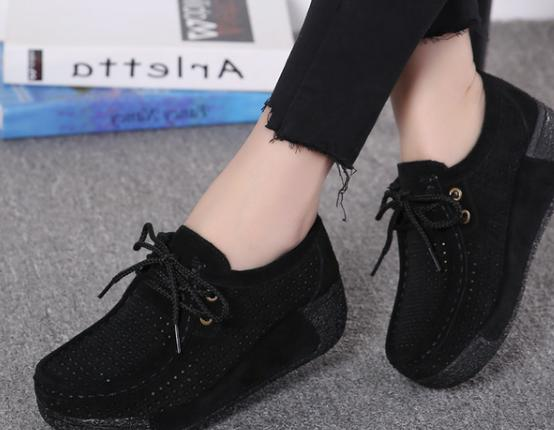 2018 new women's   leather     suede   flat crawling shoes hollow tie flat soft shoes