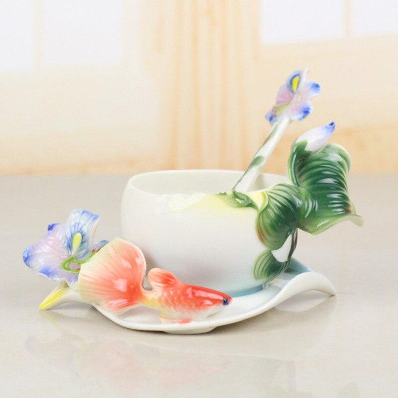 3D Couleur Émail Iris Café Tasse Porcelaine Thé Ensemble de Lait Creative Verres En Céramique Copa Ami Cadeau