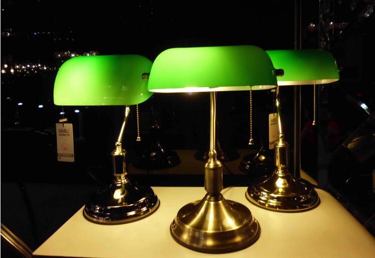 A1 Designer lamp table Lamps creative European bedroom bed decoration American retro bank desk lamp Jiang Jieshi desk lamp