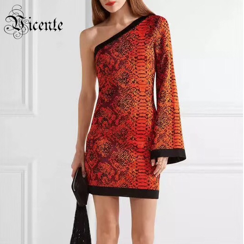 Здесь продается  Free Shipping 2018 New Fashion Elegant Jacquard Long Flared Sleeves Sexy One Shoulder Wholesale Celebrity Bandage Mini Dress  Одежда и аксессуары