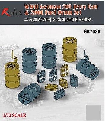 RealTS Bronco Models GB7020 1/72 WWII Gereman 20L Jerry Can & 200L Fuel Drum Set