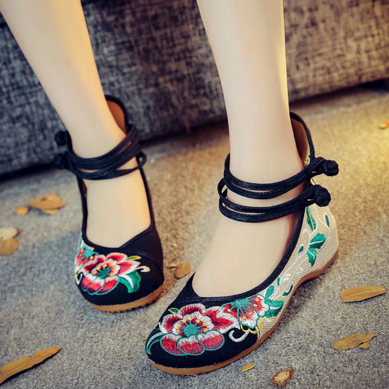 Fashion sexy Hibiscus flowers embroidery women flats shoes Chinese retro simple Mary janes casual shoes woman loafers plus size vintage embroidery women flats chinese floral canvas embroidered shoes national old beijing cloth single dance soft flats