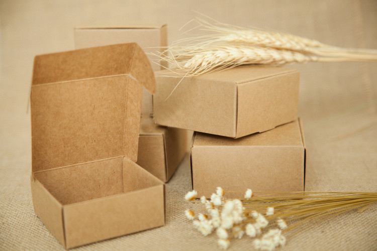 300pcs 4 4 2cm brown kraft paper box for candy food wedding jewelry gift box packaging
