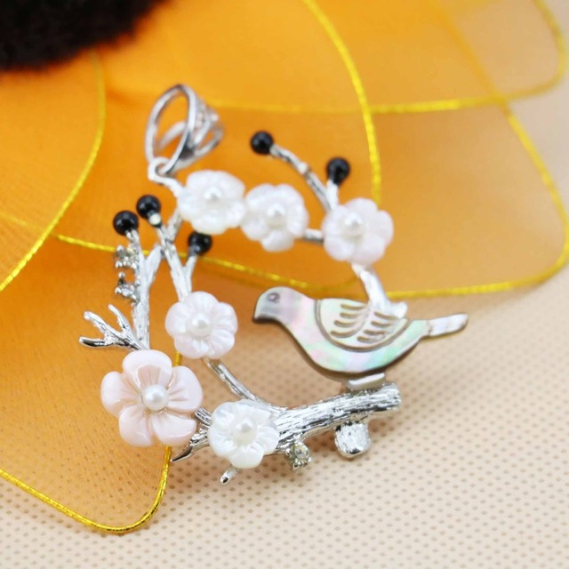42*44mm Natural Abalone seashells White Flower Chic Bird&Tree pendants Women Accessories Series Wholesale and retail